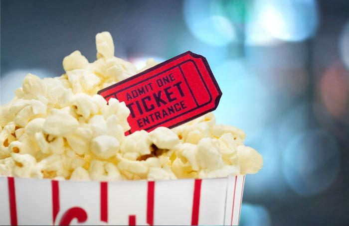 Movie-Popcorn-READ Family Movie Night