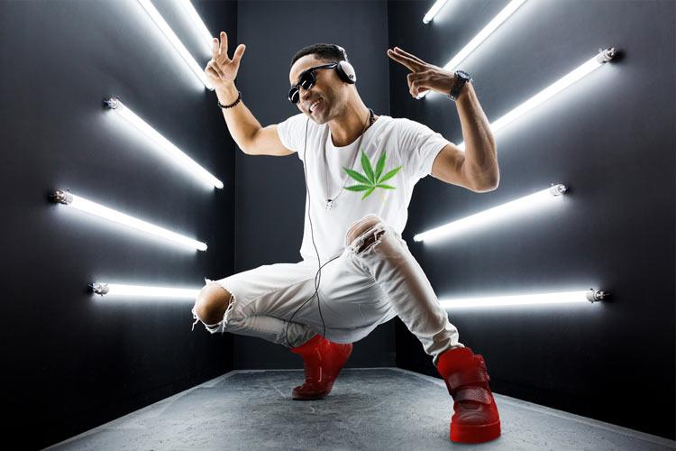July-Cannabis-News-Curaleaf Busting-a-Move